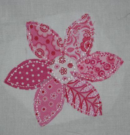 Raggy Flower Applique Design Six Petal