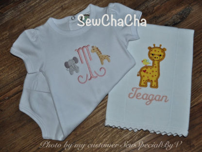 Baby Giraffe Applique Machine Embroidery Design 3
